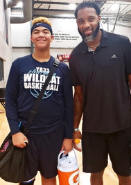 Jaylan Beckley with Tracy McGrady during the Coast2Coast National Champioship tourney after our victory over Drive Nation