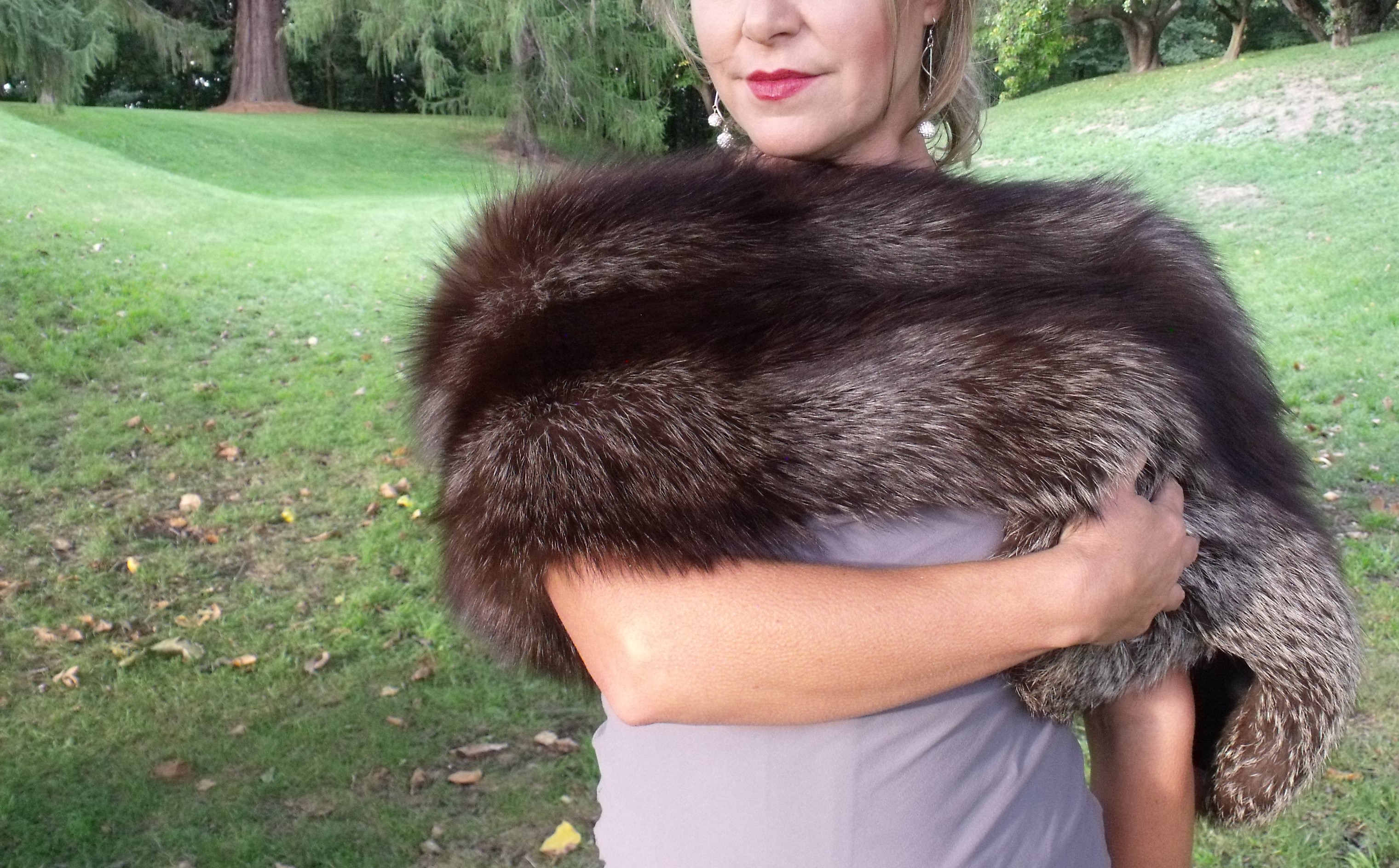 Makarora Fur Co. Silver Fox Fur Boa 3 (1)