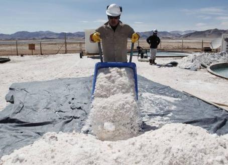 Producción de litio, cobalto y grafito debe expandirse drásticamente