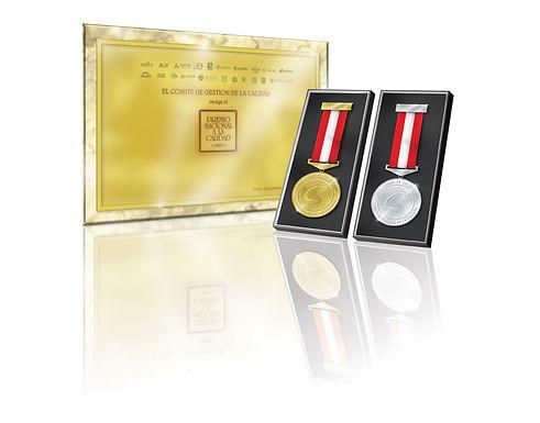 medallaydiploma PNC.jpg
