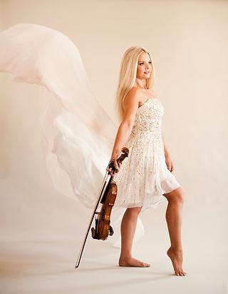 Máiréad Nesbitt Celtic Violinist