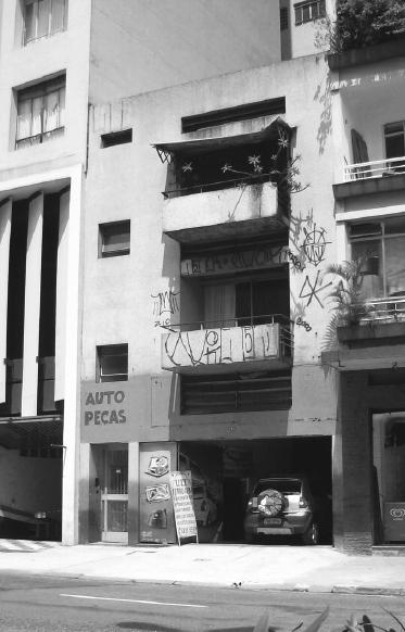 edifício dona amélia pinto de souza