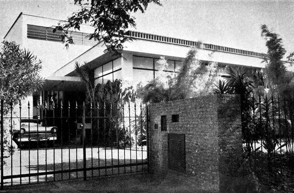 residência mario calfat