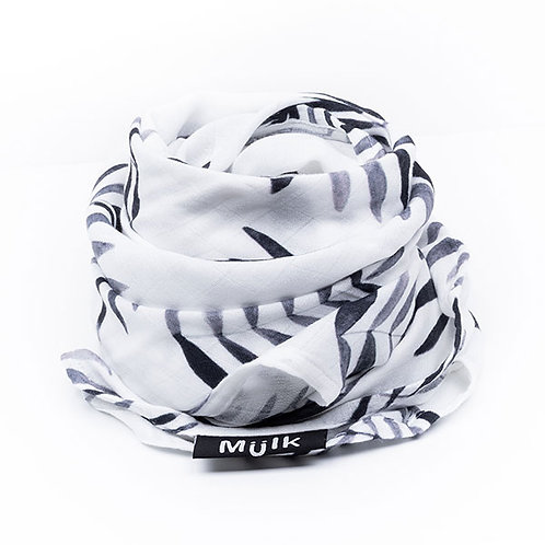 MIILK BLACK & WHITE LEAF MUSLIN
