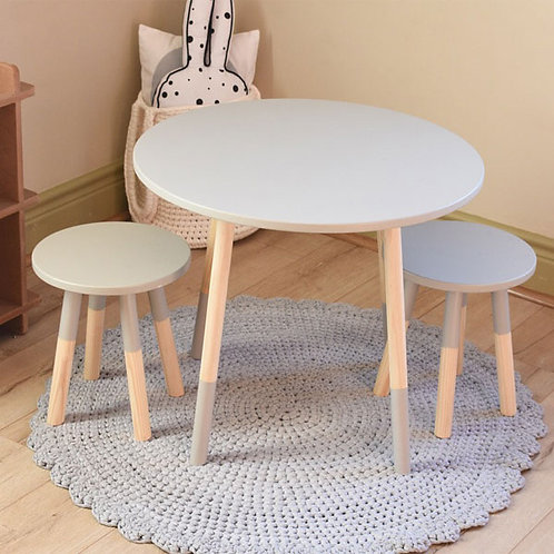DIPPED ROUND TABLE & CHAIR SET