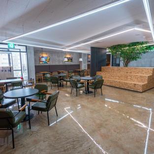 카페같은 분위기의 7층 휴게 공간