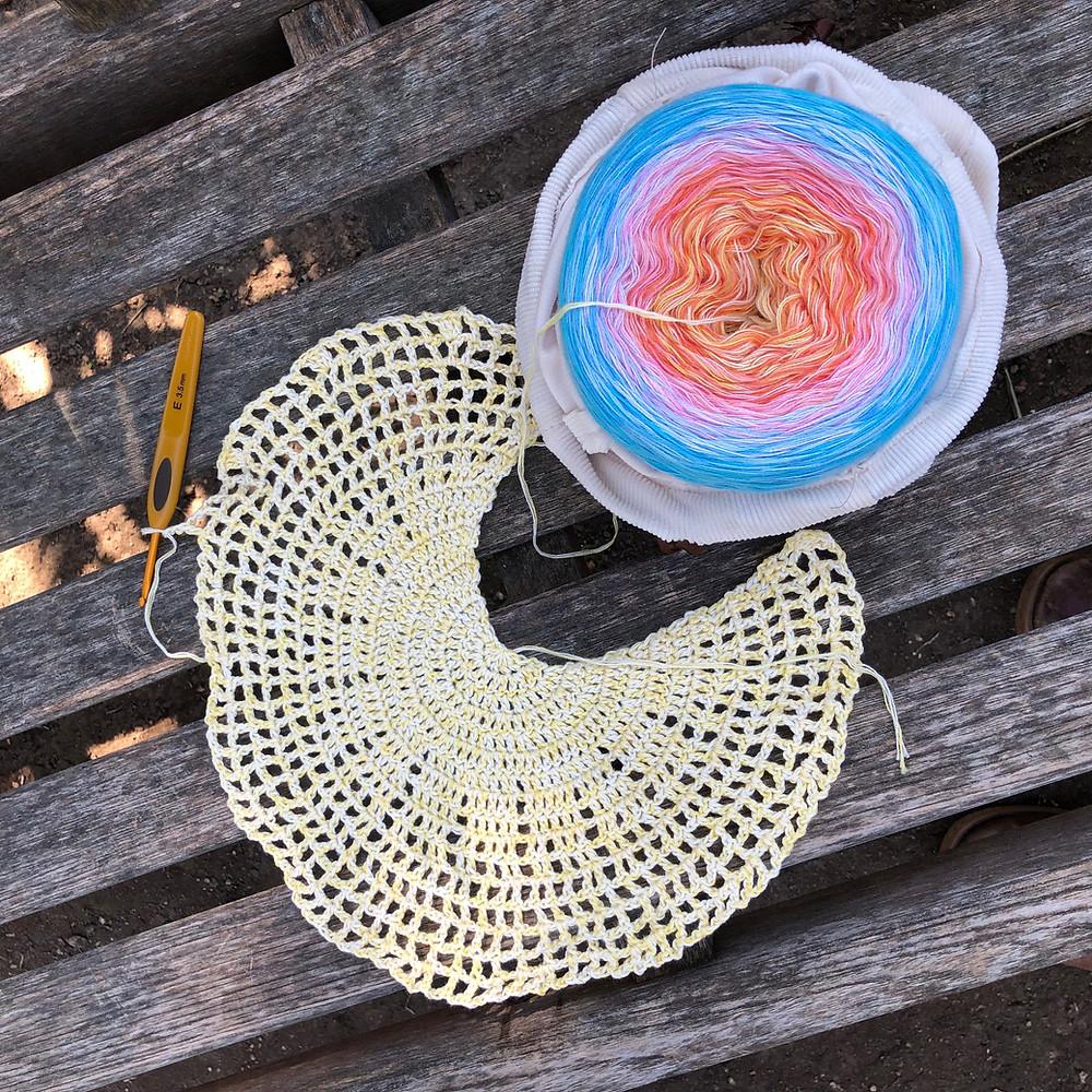 Beginning of the Birds of Paradise Shawl, free crochet pattern from Suvi's Crochet