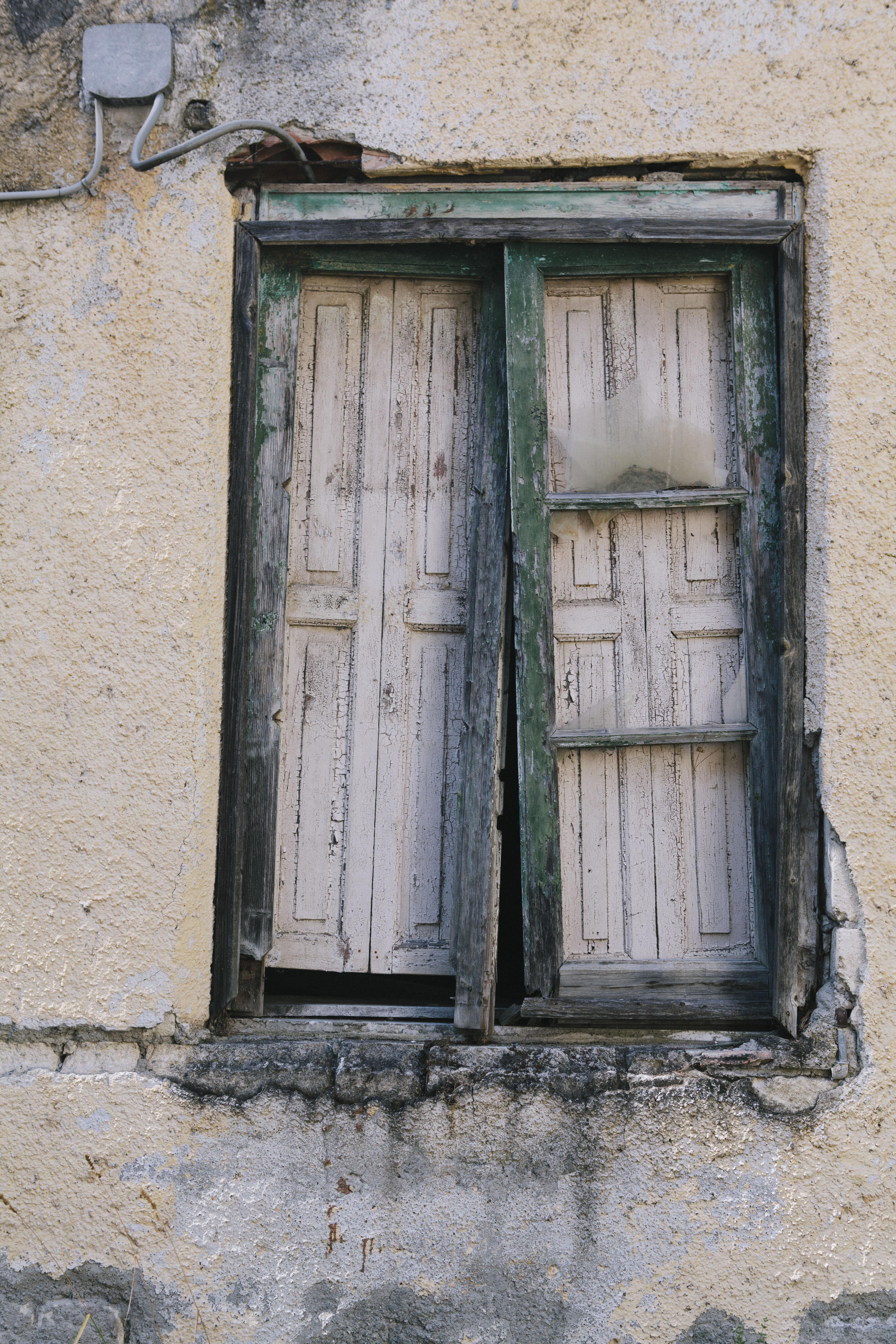 Finestra rotta a Monticchio