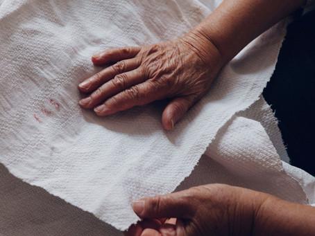 Fine riprese per il documentario sulla lavorazione tessile del lino a Teana
