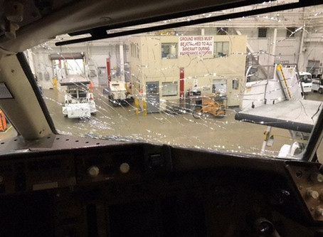 American Airlines, Cracked Windscreen