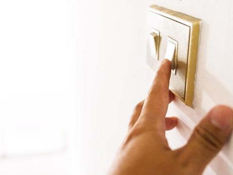 Eletricidade fica mais cara para famílias em mercado regulado