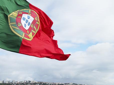 """Nacionalidade de netos e cônjuges de portugueses simplificada e """"mais justa"""" em lei  aprovada ontem"""