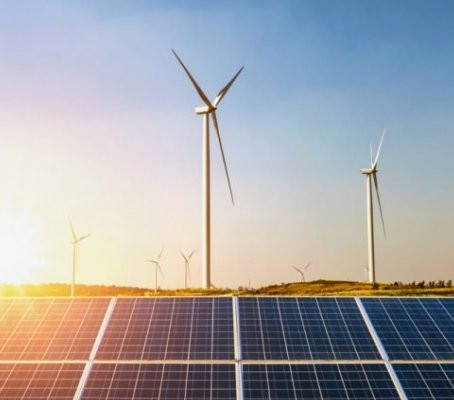 Produção de energia renovável atinge em fevereiro máximo desde abril de 1979