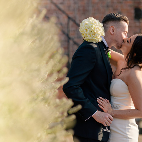 Nantwich Wedding Photography: Mr & Mrs Walker