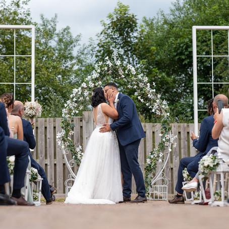 Alcumlow Wedding Barn: Mr & Mrs Haughton