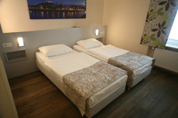 Twin-Bed Zimmer
