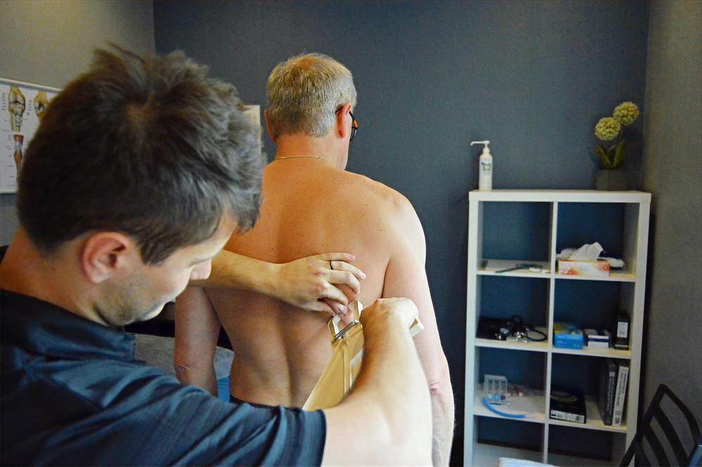 Gino Alho Biokineticist using the skinfold method