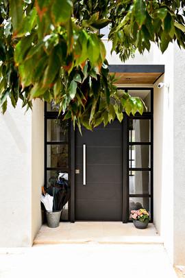 Front Door 01.jpg