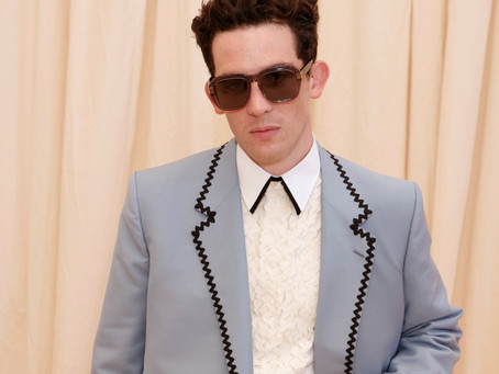 JOSH O'CONNOR WEARS DUNHILL AT MET GALA 2021