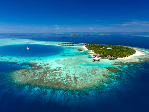 GUEST EXPERIENCES THAT MAKE A DIFFERENCE AT BAROS MALDIVES