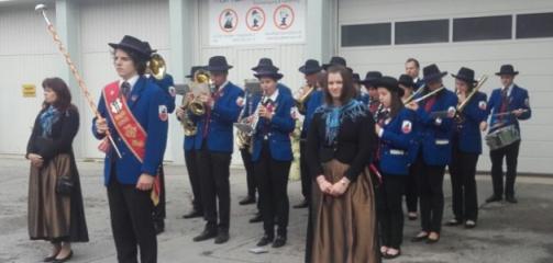 Musikverein_Matzen_Erstkommunion_2016.pn