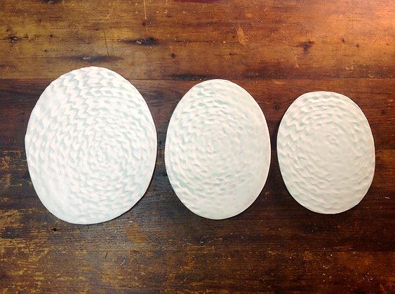 Porcelain Oval Plates - Set of 3 - Snow Weave