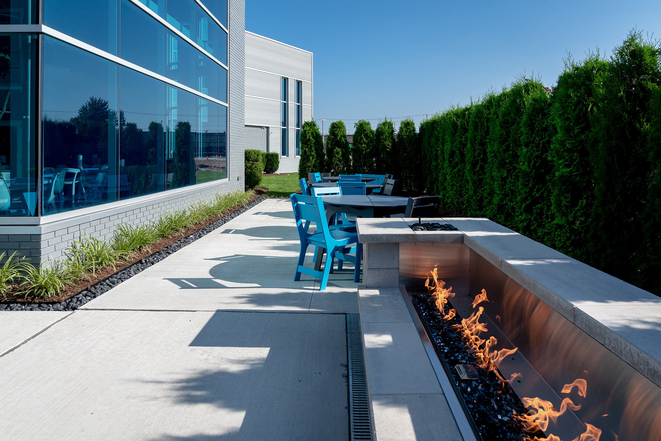 Outdoor Lunch Space for Employees