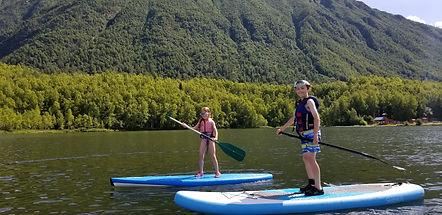 Paddleboarding mirror lake