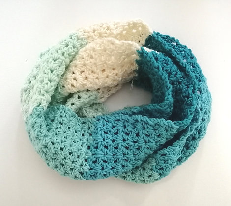 Caron pantone colour crochet infinity cowl
