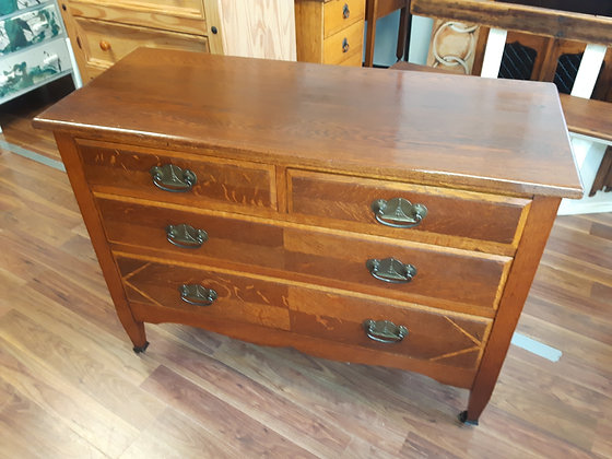Restored 1910/20's art nouveau oak chest of drawers