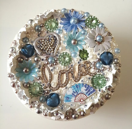 Upcycled treasure pots,  ideal for jewellery