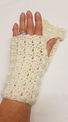 Luxury Cream fingerless gloves