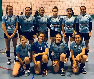 équipe féminine départemental volleyball mjc fleurs pau