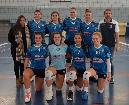 Equipe féminine volleyball nationale 2 mjc fleurs pau