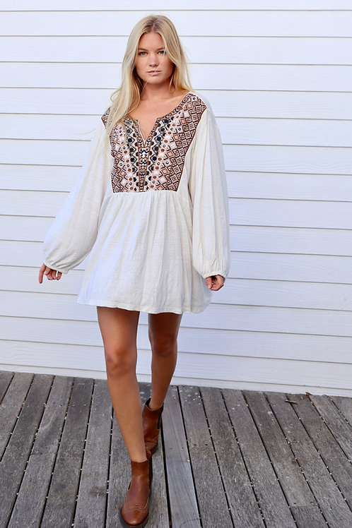 BOHO LONG SLEEVE EMBROIDERED SMOCK TOP/DRESS