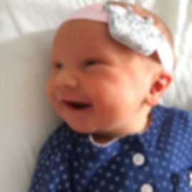 Happy client of birth and postpartum doula in Berlin, Annie Kocher. Satisfied, five star review. Professional pregnancy accompaniment, English childbirth education, international, labor doula, hospital home birthing center Geburtshaus birth, on call care, breastfeeding, Spinning Babies, Hypnobirthing, Hypnobabies, midwife.