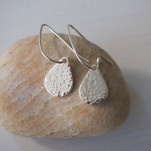 Hammered silver droplet earrings