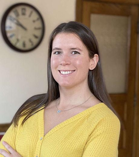Dr.Kristin Headshot.jpg
