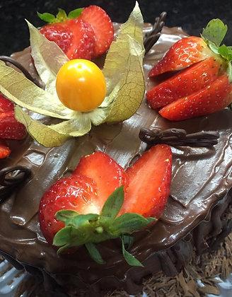 Bolo de Chocolate com Nozes (1kg = 6 pessoas)