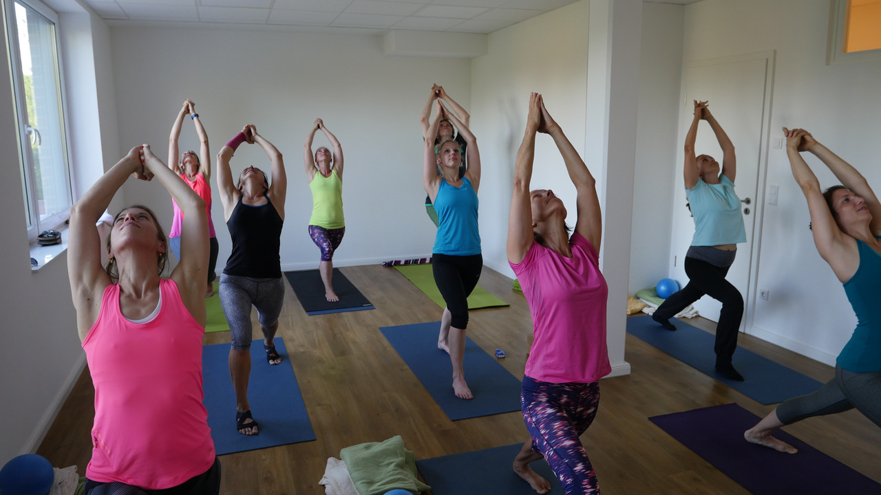 Yoga Gruppenkurs im Video