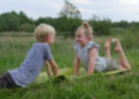 Kinderyoga, Kinder Yoga in der YEP Lounge in Bremen Horn