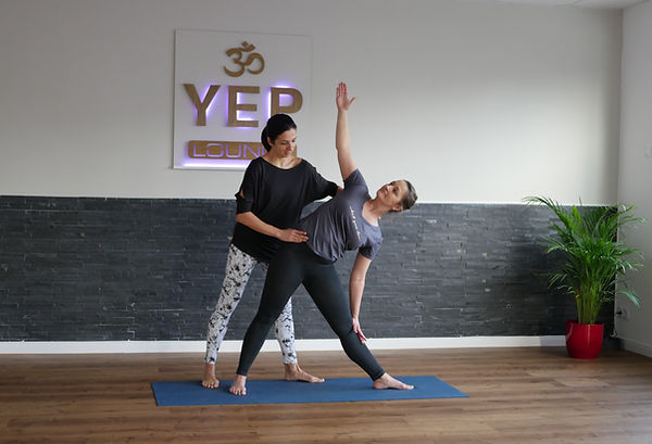 Personal Yoga in der YEP Lounge in Bremen, Yulia Eberle