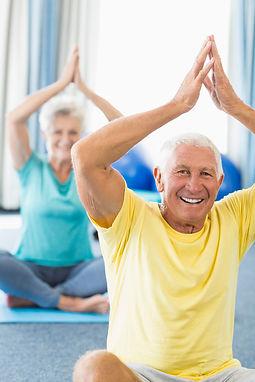 Senioren Yoga, Yoga für 60+ in der YEP Lounge in Bremen Horn