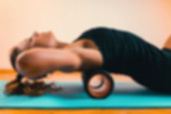 Faszienrolle, Pilates mit Faszientraining in der YEP Lounge in Bremen Horn