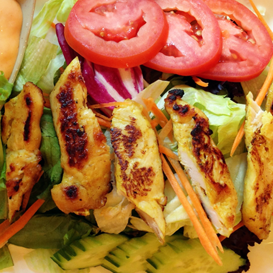 L - Grilled Chicken Salad Zoom.png