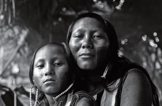 Mãe e filha Caiapó - Altamira - PA Brasil
