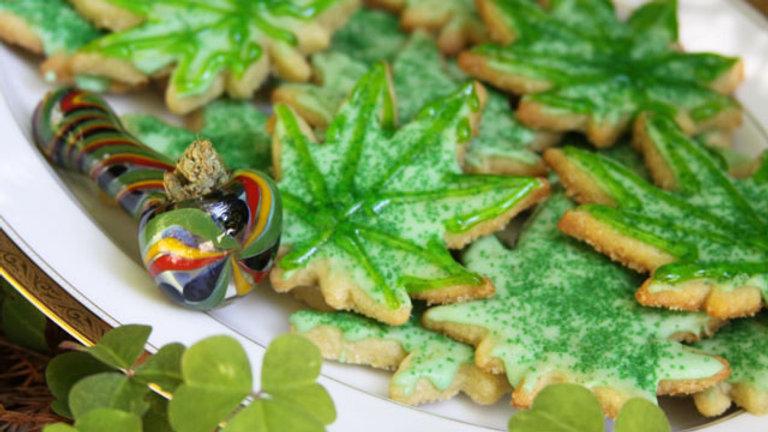 Dozen - Erth Essentials CBD Sugar Cookies - 88mg Ea.