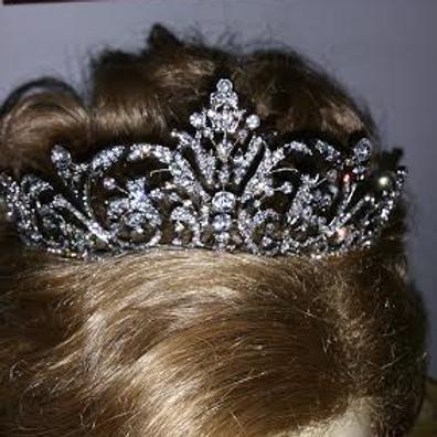 Flourish crown