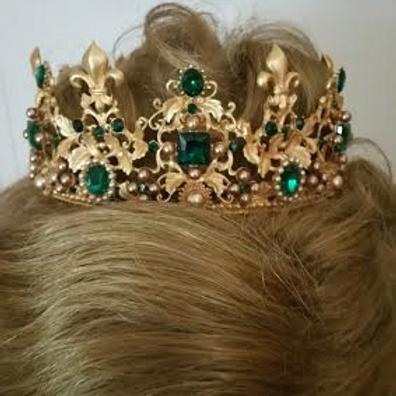 Emerald fleur de lis crown