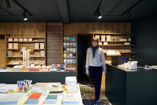 Agencement boutique Le Typographe-Papeterie